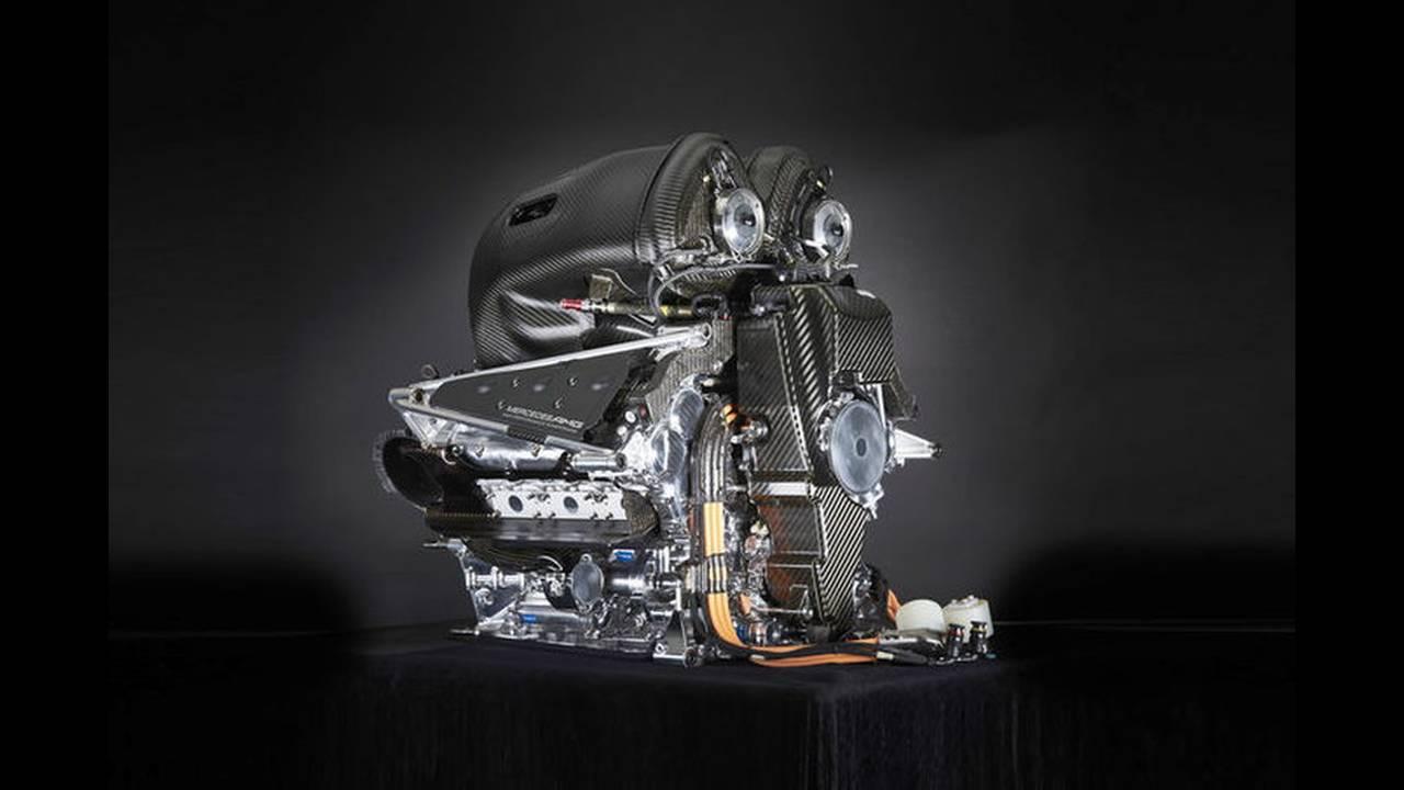 https://cdn.cnngreece.gr/media/news/2016/02/15/21784/photos/snapshot/Mercedes-V6-F1-ENGINE-2.jpg