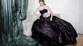 Aπό την Κέιτ Μος στον Τσάρλι Τσάπλιν η Vogue γιορτάζει έναν αιώνα πορτρέτων