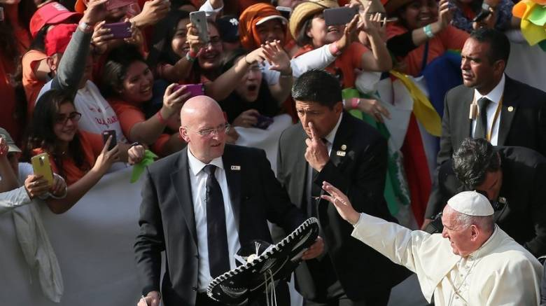Πιστός εκνεύρισε τον Πάπα Φραγκίσκο
