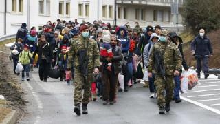 Η Σλοβενία ενεργοποιεί το στρατό για να περιορίσει τις μεταναστευτικές ροές