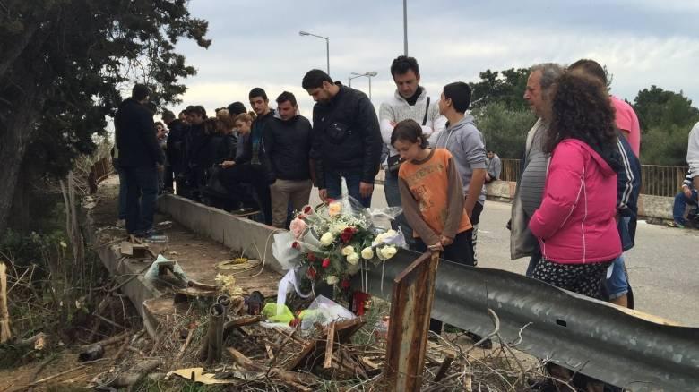 Παντελής Παντελίδης: Πλήθος κόσμου στο σημείο του δυστυχήματος