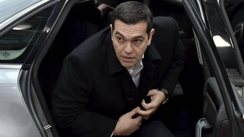 Τσίπρας προς Τσέχο πρωθυπουργό: Μη φιλική ενέργεια η αποστολή στρατού και χωροφυλακής στα σύνορα