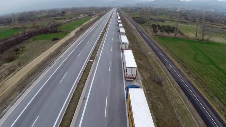 Κυκλοφοριακό έμφραγμα μέχρι τον Προμαχώνα (εικόνες από drone)