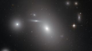 Το Hubble φωτογραφίζει μία... μαύρη τρύπα