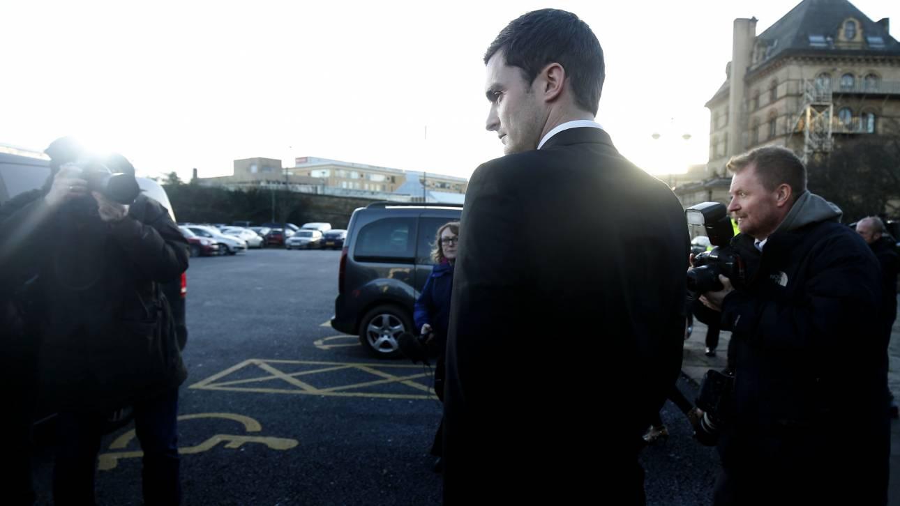 Για πρώτη φορά ακούστηκε στο Δικαστήριο η θέση του Άνταμ Τζόνσον για τις κατηγορίες παιδεραστίας