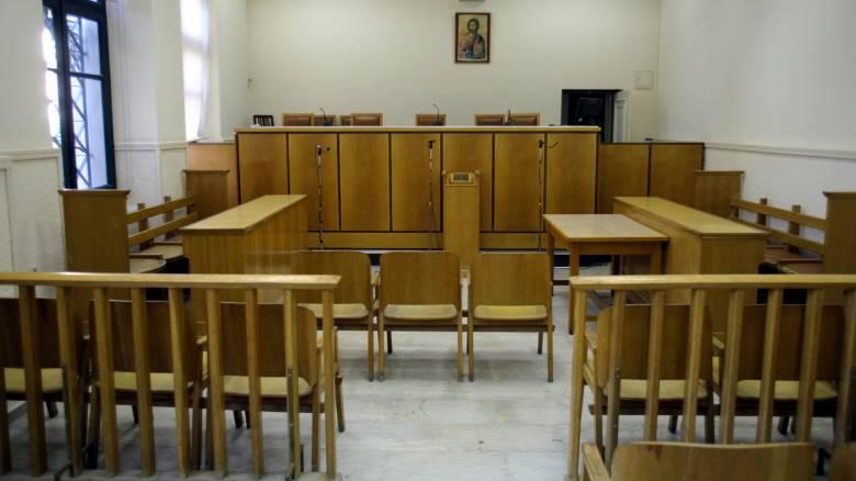 Συνεχίζουν την αποχή οι δικηγόροι έως τις 29 Φεβρουαρίου