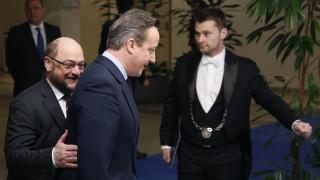 Σουλτς: Μη συνετό το βέτο της Αθήνας, μη δεσμευτική η συμφωνία με το Λονδίνο