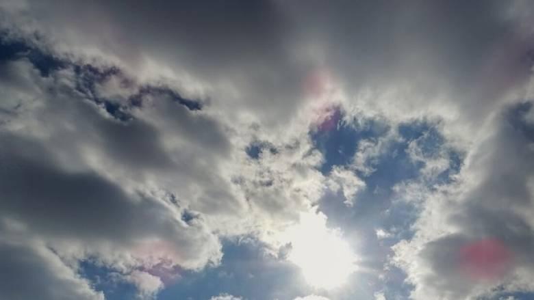 Καιρός: Πρόσκαιρη μεταβολή με βροχές, καταιγίδες και πτώση της θερμοκρασίας