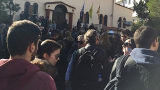 Κηδεία Παντελίδη: Σε λαϊκό προσκύνημα η σορός του τραγουδιστή