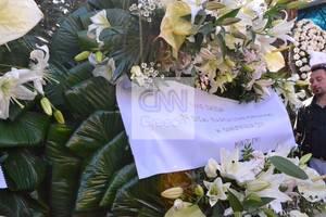 Κηδεία Παντελίδη: Στο πένθος οι συνεργάτες του στη δισκογραφική εταιρεία