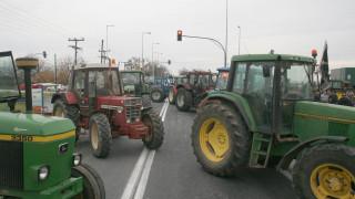 Αγρότες και Τσίπρας καθορίζουν τις κινήσεις τους στη σκακιέρα του διαλόγου