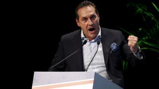 Η σκληρή εκδοχή της αυστριακής ακροδεξιάς προηγείται στις δημοσκοπήσεις