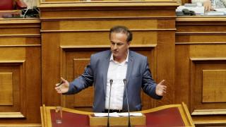 Να προσληφθούν στην ΕΡΤ όσοι χάσουν τη δουλειά τους στα ΜΜΕ που θα κλείσουν, ζητά ο Αντωνιάδης