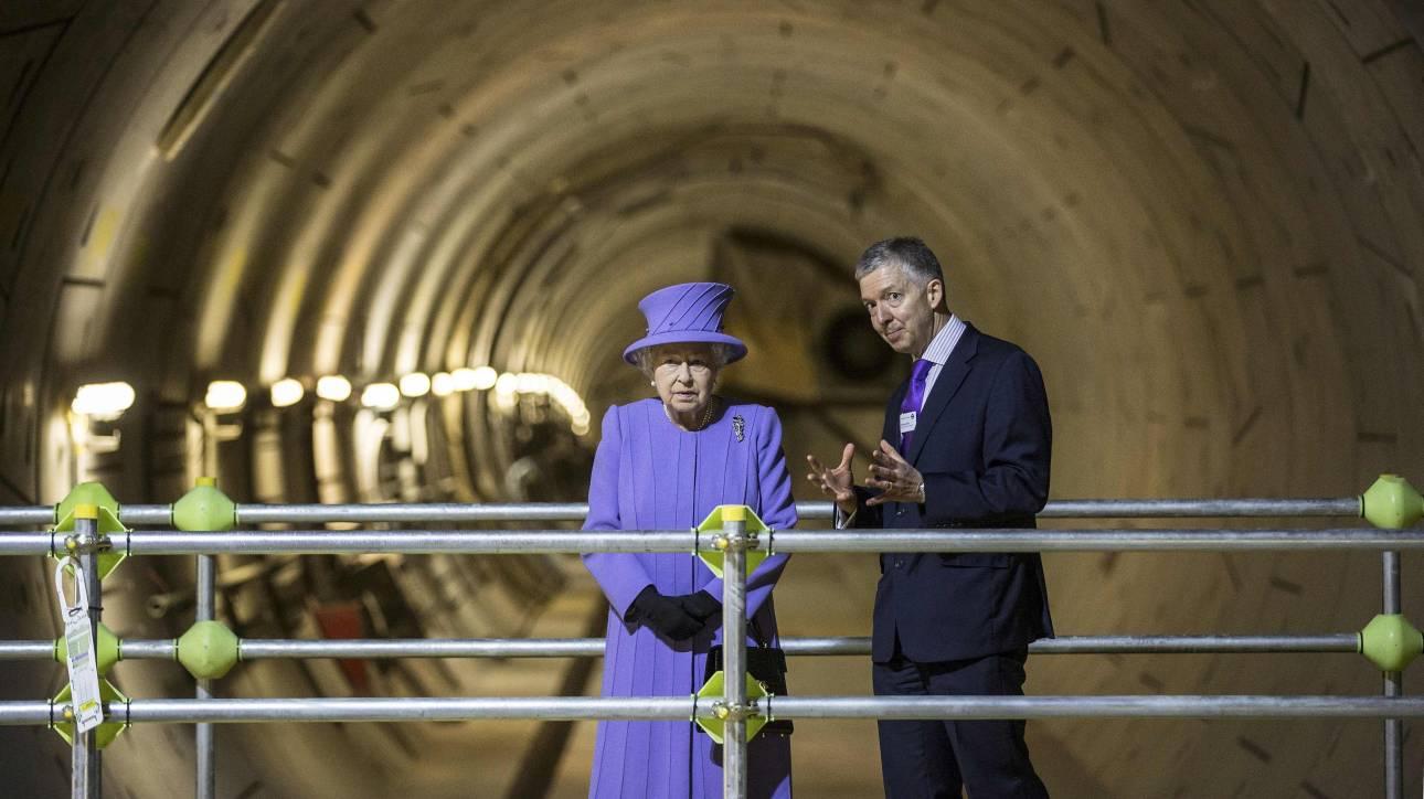 Από το 2018 θα λειτουργεί γραμμή μετρό στο όνομα της βασίλισσας Ελισάβετ