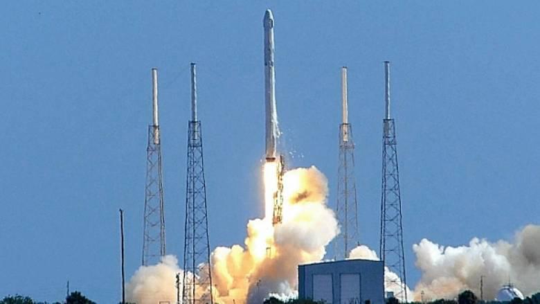Αναβάλλεται η εκτόξευση του Falcon 9