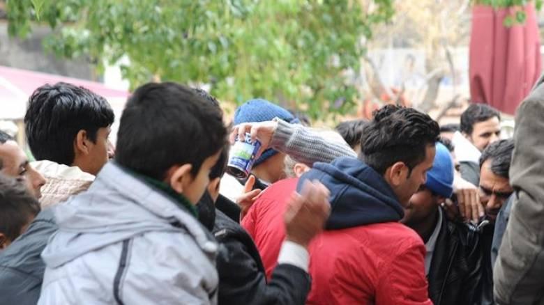 Κοζάνη: Πρόσφυγες απέκλεισαν γυμναστήριο στη Λευκόβρυση