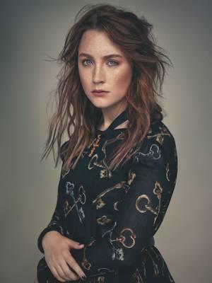 H Saoirse Ronan φωτογραφημένη από τον Stefan Khoo για το περιοδικό Wonderland
