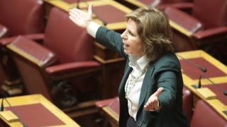 Λεκτική αντιπαράθεση στη Βουλή ανάμεσα σε Χριστοφιλοπούλου και Χριστοδουλοπούλου (vid)