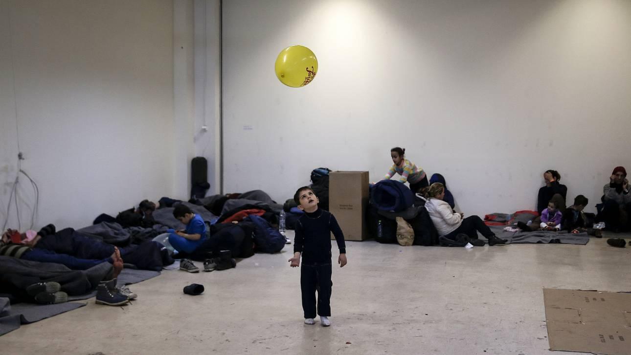 Προσφυγικό: Σε «πάρκινγκ» προσφύγων και μεταναστών μετατρέπεται η Ελλάδα
