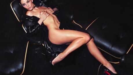 Η Lily Aldridge φοράει μόνο Louboutin