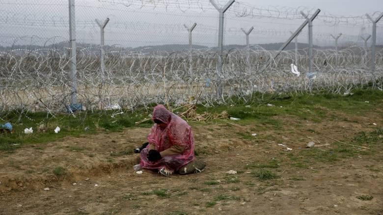 Εγκλωβισμένοι στην Ειδομένη 5.500 πρόσφυγες