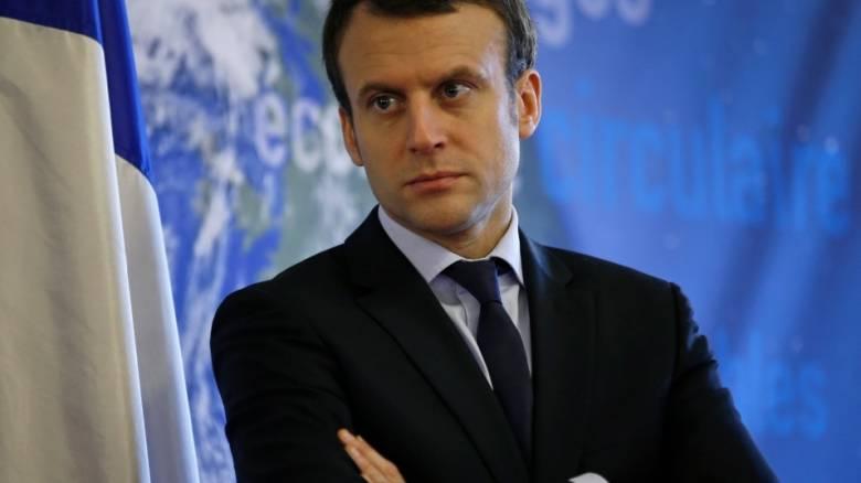 Γαλλία: Σύλληψη φοιτήτριας που φέρεται να έστελνε ερωτικές φωτογραφίες στον Εμ. Μακρόν