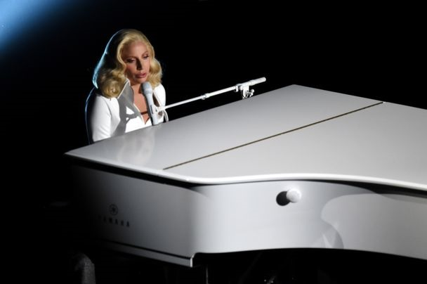 Lady Gaga Till It Happens To You