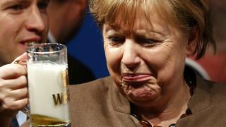 Η δημοτικότητα της Μέρκελ επανακάμπτει, οι Γερμανοί ζητούν ανώτατο όριο προσφύγων