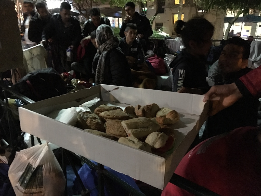 volunteer food