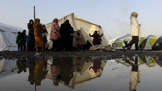 Σχέδιο έκτακτης ανάγκης για φιλοξενία 100.000 προσφύγων κατέθεσε η Ελλάδα στην Κομισιόν