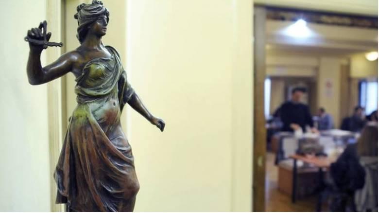 Αποχή δικηγόρων: Συνεχίζεται έως τις 16 Μαρτίου