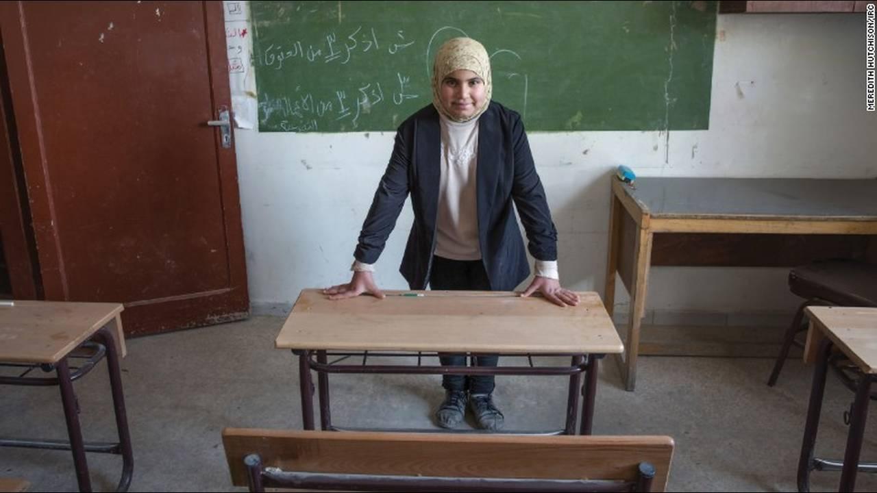 https://cdn.cnngreece.gr/media/news/2016/03/03/23896/photos/snapshot/160203144646-01-syria-war-refugee-girls-dreams-5.jpg
