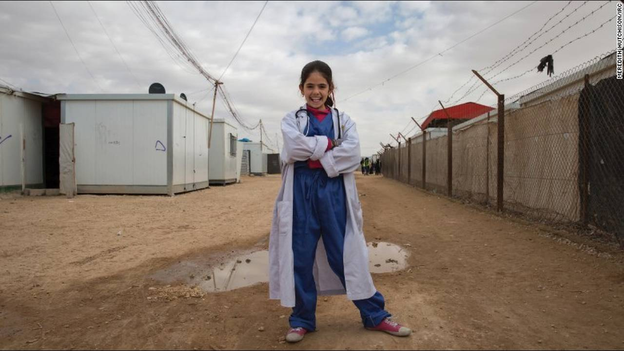 https://cdn.cnngreece.gr/media/news/2016/03/03/23896/photos/snapshot/160203144721-02-syria-war-refugee-girls-dreams-1.jpg