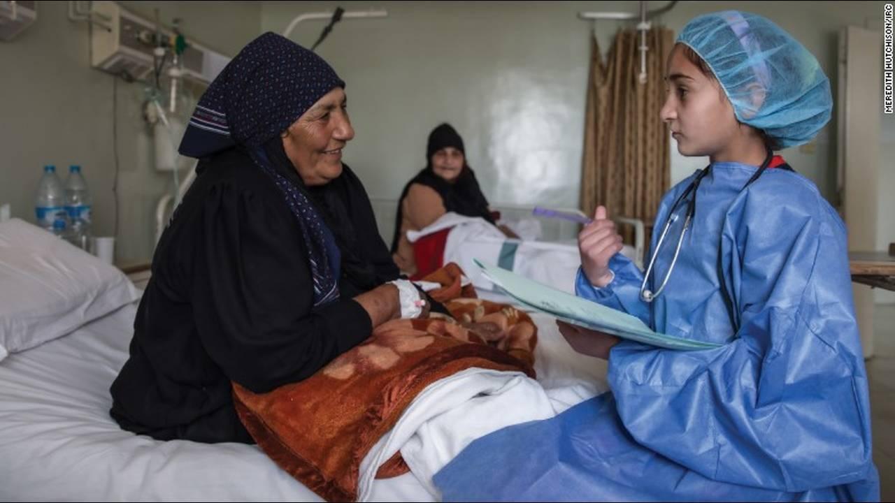 https://cdn.cnngreece.gr/media/news/2016/03/03/23896/photos/snapshot/160203144835-06-syria-war-refugee-girls-dreams-6.jpg