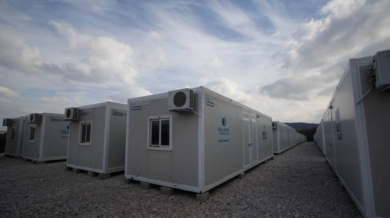 Προσφυγικό: Γέμισαν τα Hot spot- Κατά εκατοντάδες συρρέουν στα κέντρα φιλοξενίας