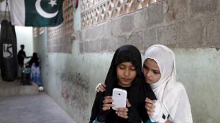 Η αστυνομία απέτρεψε γάμο 9χρονης με 14χρονο στο Πακιστάν