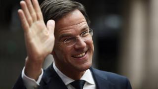 Ο Μαρκ Ρούτε στηρίζει τις κινήσεις της Ελλάδας στο προσφυγικό