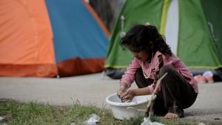 Σόιμπλε: Δεν πρέπει να αναμειγνύονται το προσφυγικό και το πρόγραμμα στήριξης της Ελλάδας