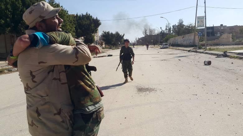 Λιβύη: Τύμπανα πολέμου - φόβοι για όξυνση του προσφυγικού