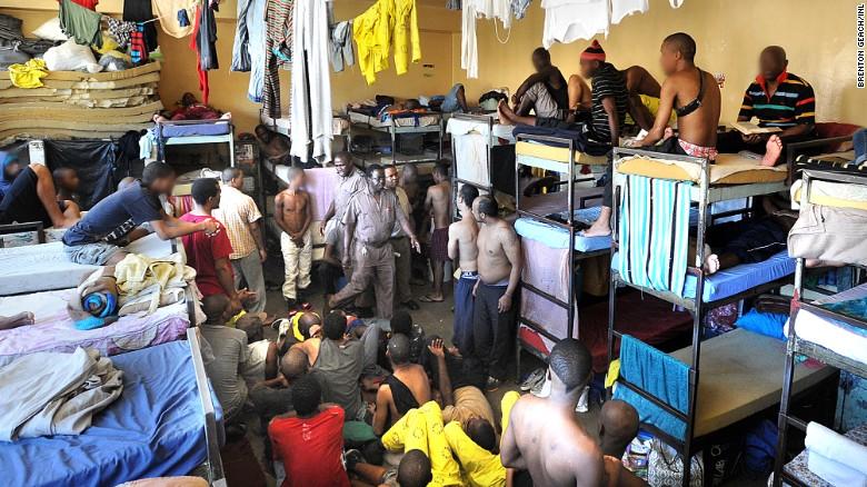 pollsmoor prison south africa exlarge 169