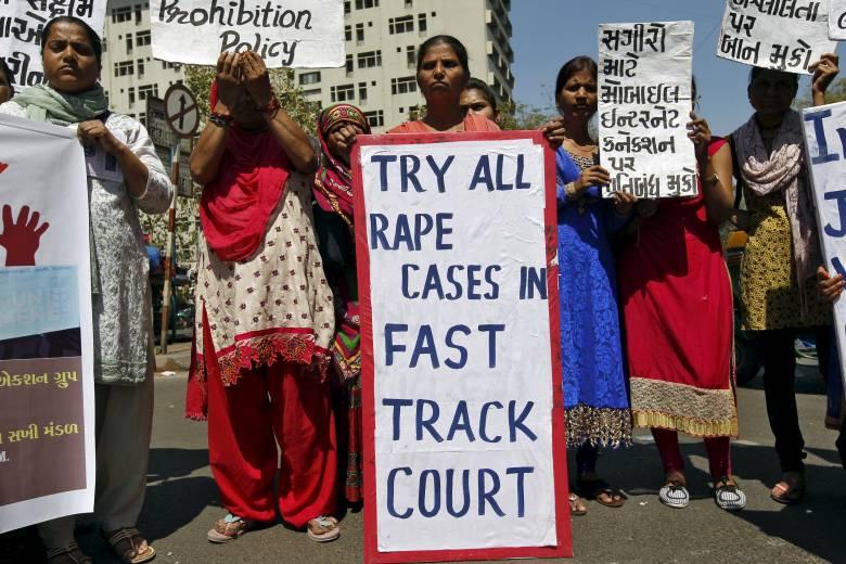 Νέο Δελχί: Βίασε ανήλικη και προσπάθησε να την κάψει
