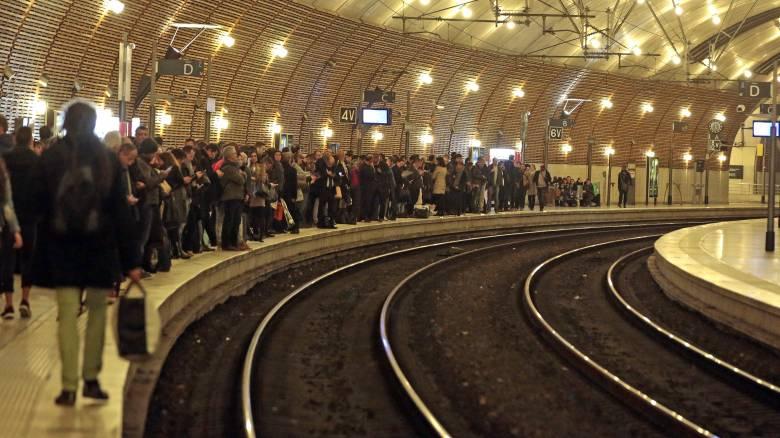 Γενική απεργία στη Γαλλία για το εργασιακό