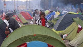 ΝΔ: Κίνδυνοι για τη δημόσια υγεία απο τον εγκλωβισμό χιλιάδων προσφύγων