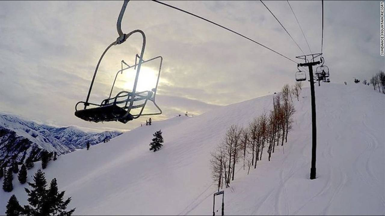 https://cdn.cnngreece.gr/media/news/2016/03/09/24611/photos/snapshot/160212071620-celebrityownedhotels-sundance-mountain-resort-redford.jpg