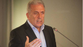 Αβραμόπουλος: Στόχος οι 6.000 μετεγκαταστάσεις το μήνα
