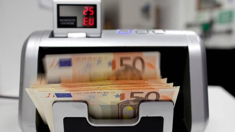 Ξανά στο τραπέζι η επιβολή τέλους στις τραπεζικές συναλλαγές