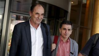 Κόκκινα δάνεια: Διελκυστίνδα κυβέρνησης – θεσμών για την πώλησή τους