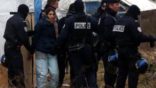 Συλλήψεις ακροδεξιών μετά από συγκέντρωση διαμαρτυρίας στο Καλαί