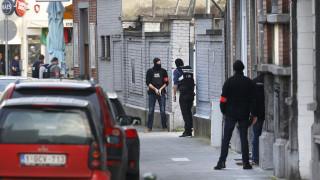 Πυροβολισμοί και ανθρωποκυνηγητό στις Βρυξέλλες (pics)