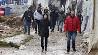 Η Αντζελίνα Τζολί στη Λέσβο για τους πρόσφυγες